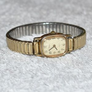 Vintage 1960's Timex Quartz Bracelet Watch